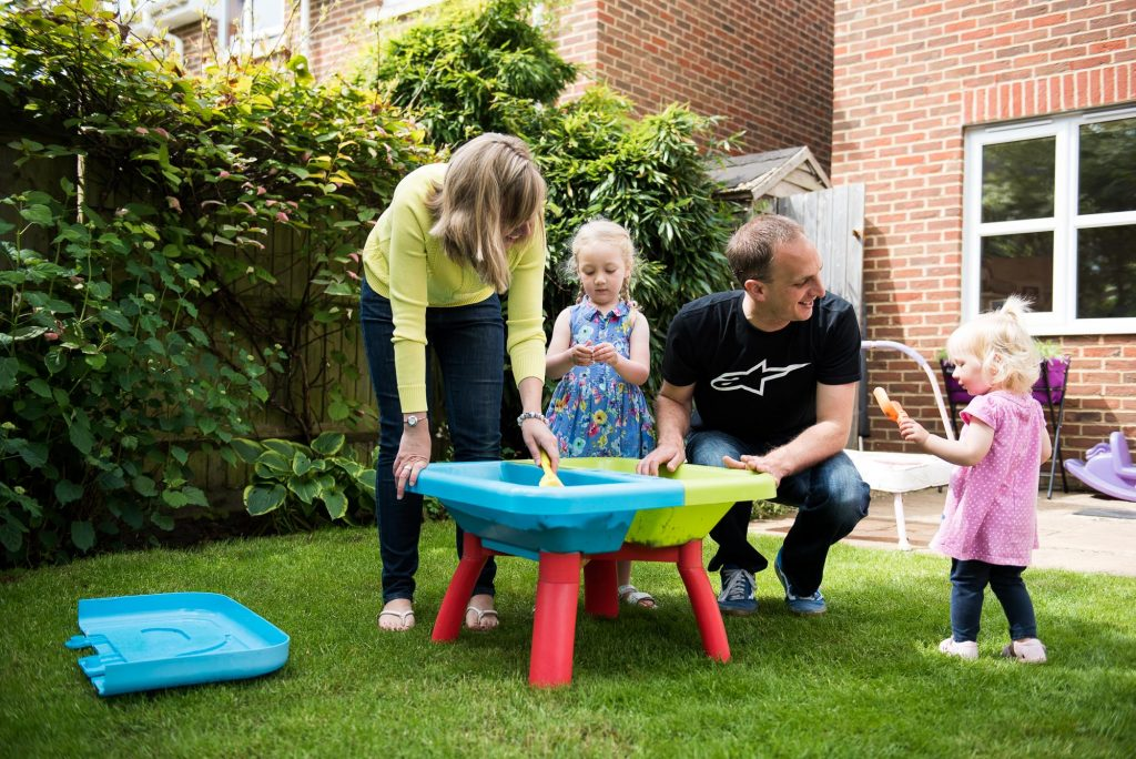 Family photography in back garden