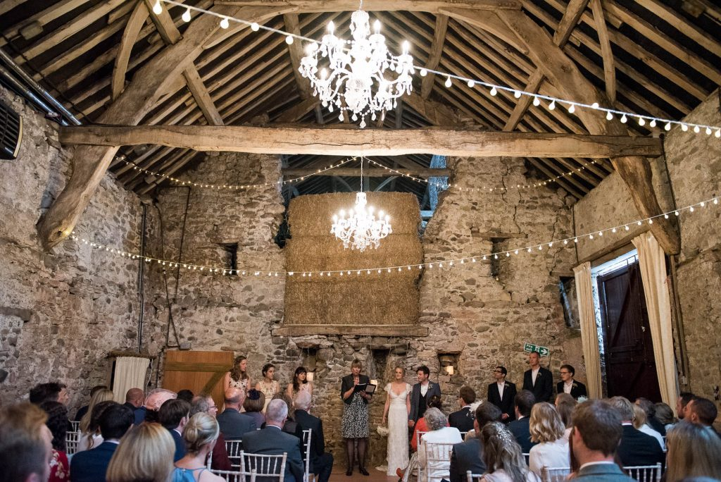 Park House Barn, Rustic Barn Wedding, Natural Wedding Photography Ceremony