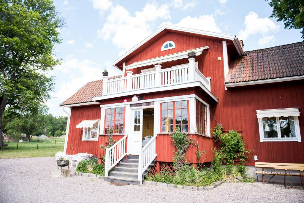 Swedish Wedding - Kroksta Gard - Traditional Red Swedish Barn