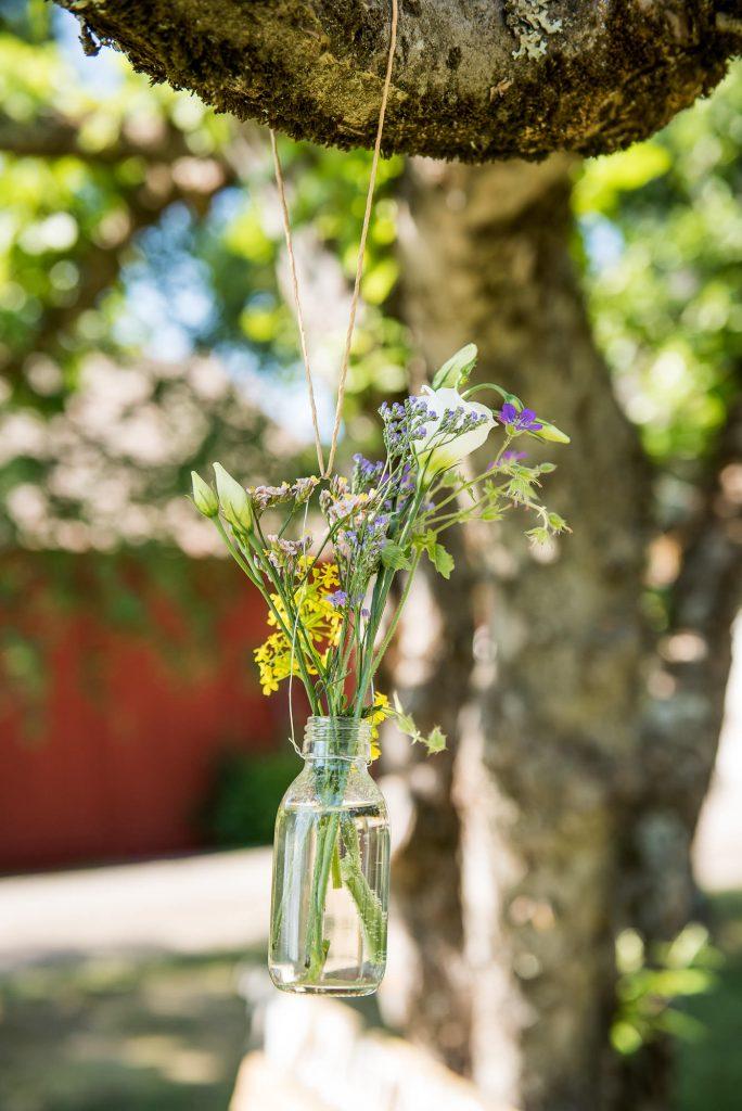 Destination Wedding Photography Sweden - Home made floral decorations