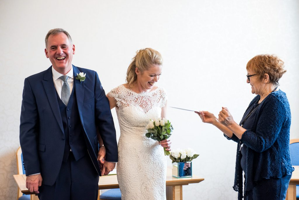 Relaxed and intimate wedding ceremony