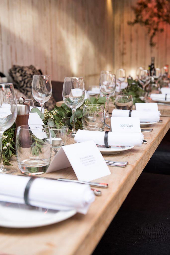 Stylish and chic wedding table decor
