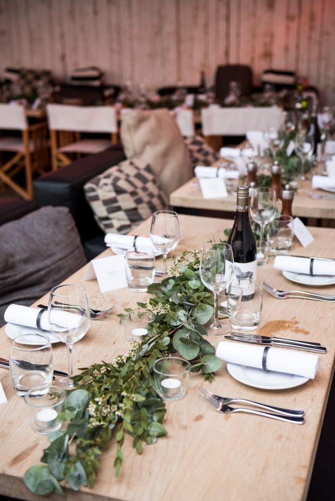 Green botanical table runners for Marlow wedding, Buckinghamshire wedding photography