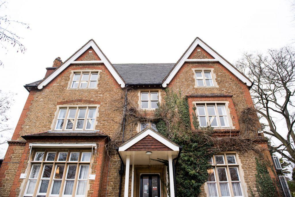 Guildford Registry Office, Artington House wedding