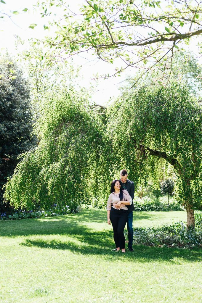 Relaxed and creative London engagement photography