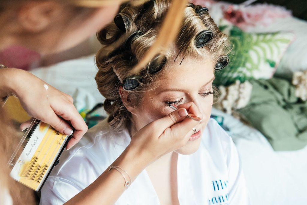 Natural bridal make up