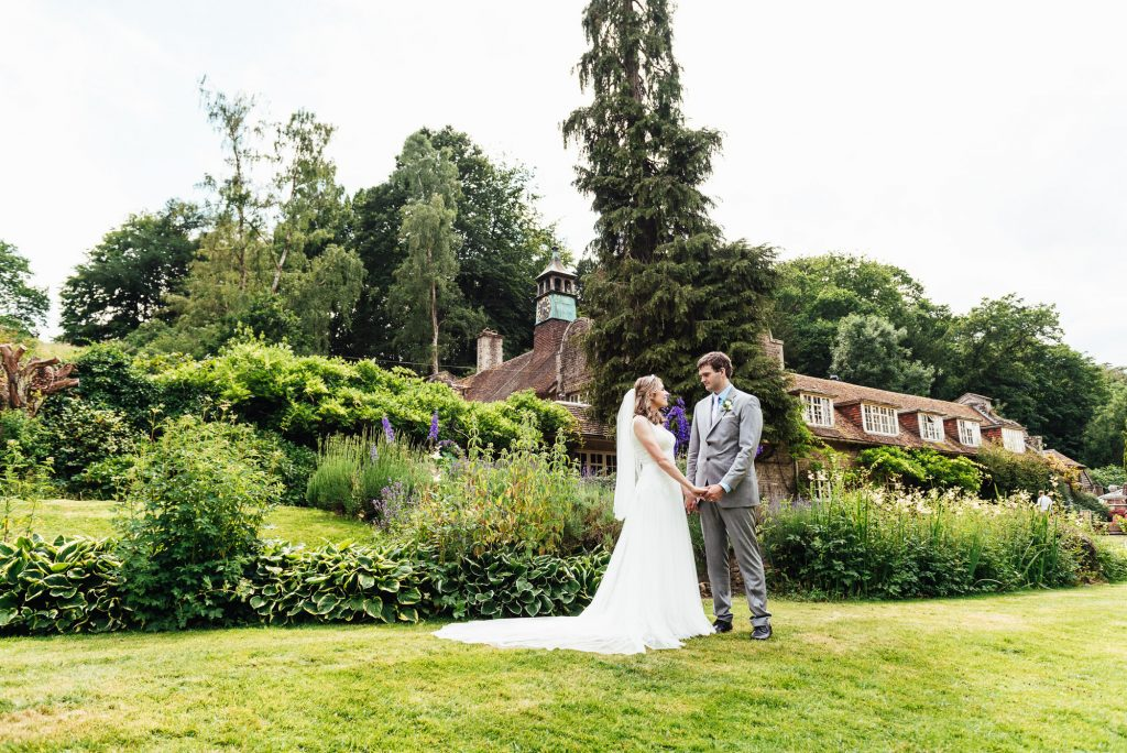Outdoor Wedding portraits Busbridge Lakes wedding