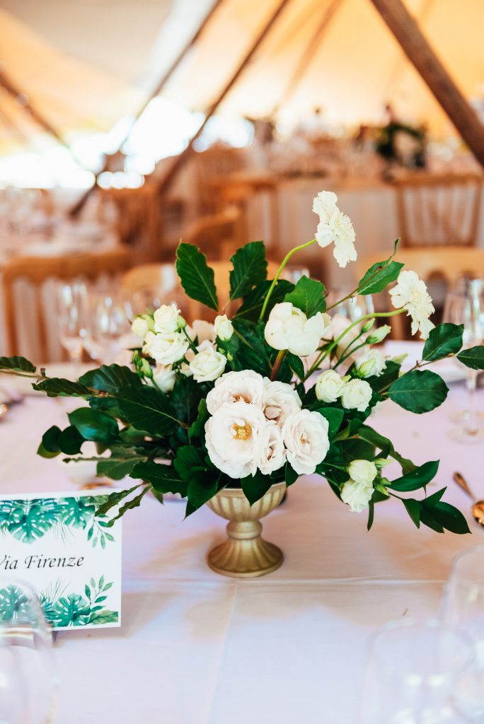 Wedding table floral arrangement