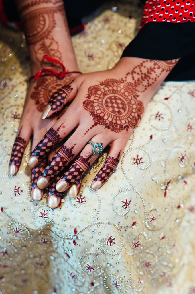 Traditional Wedding Henna for Hindu Bride