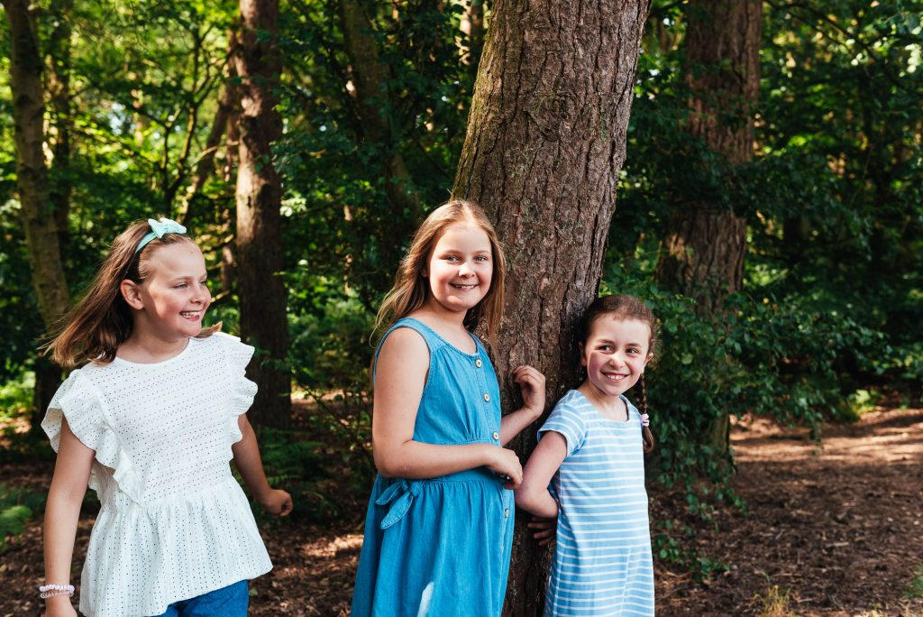 Relaxed chantry wood family shoot