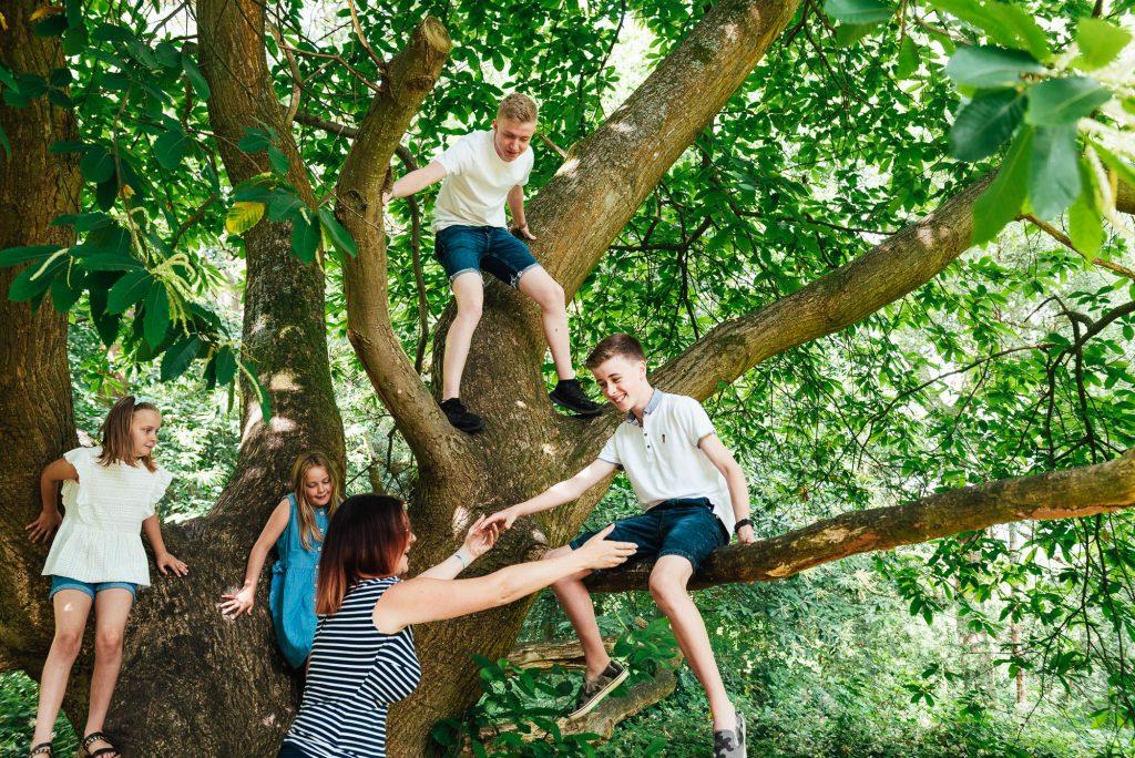 Fun family photography Surrey