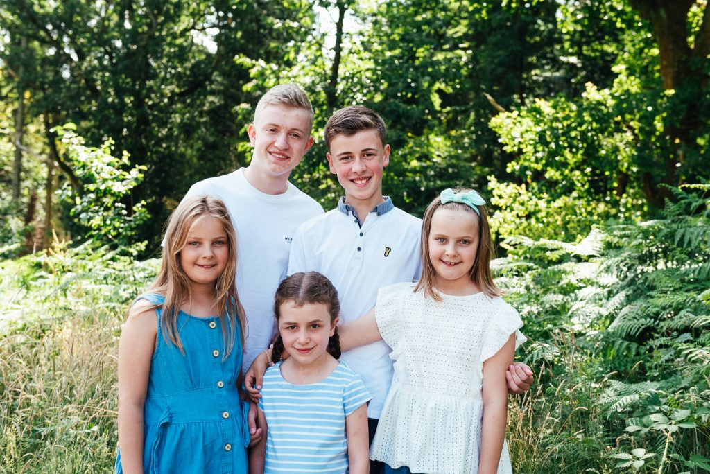 Cousin portraits at Chantry wood family shoot