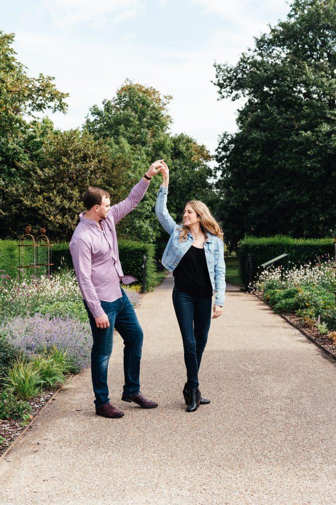 Romantic London couples engagement shoot