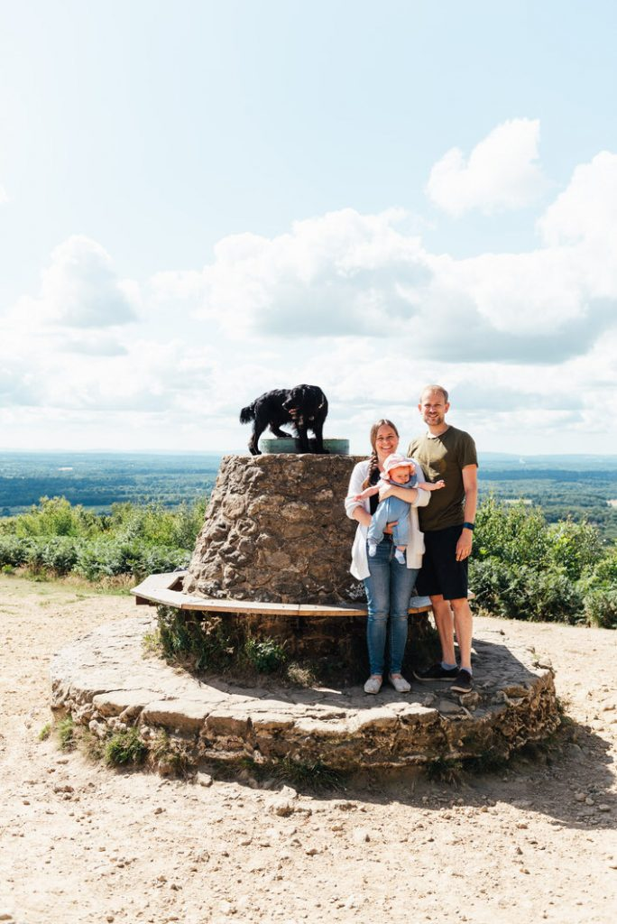 Holmbury Hill family photography outdoor shoot