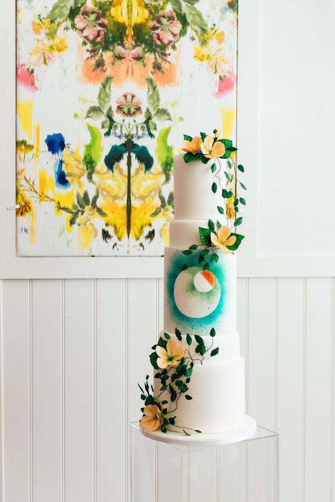Modern Three tiered wedding cake