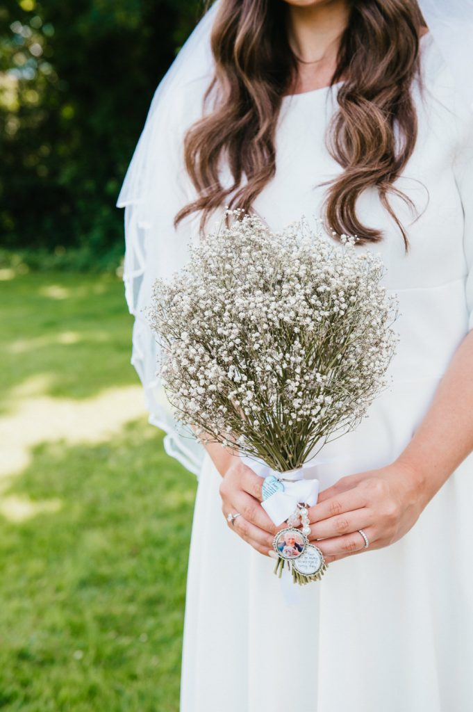 Classic and Simple Gypsophila Bouquet