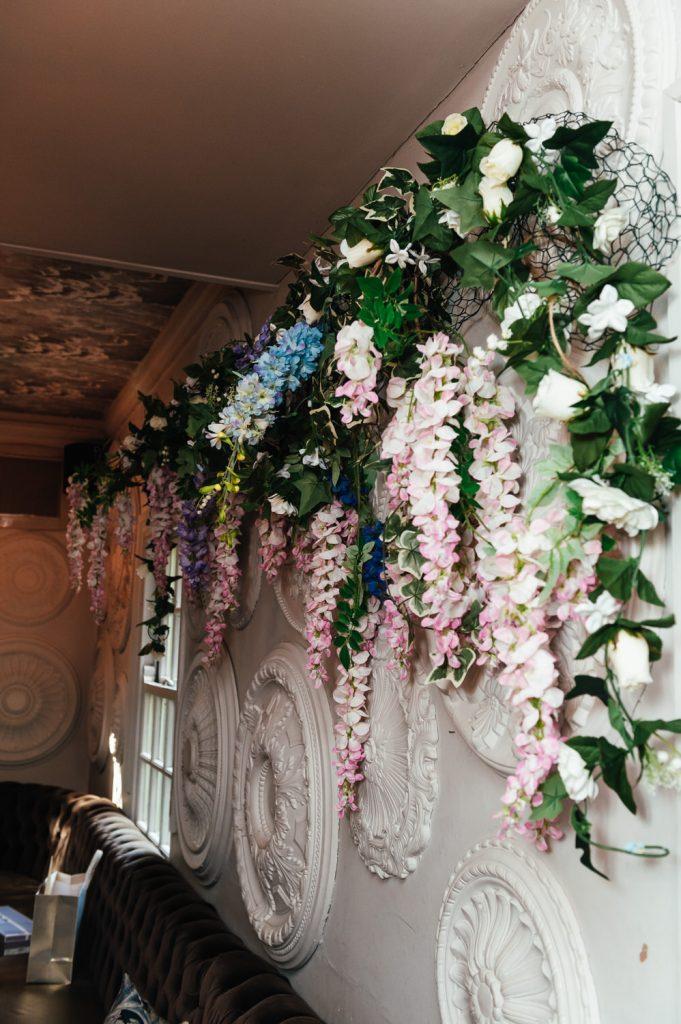 Wedding Florals at Intimate Pub Reception
