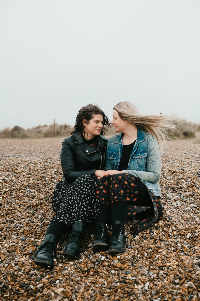 Natural and relaxed couples portrait